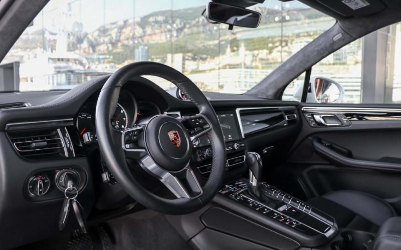 Photo 9 de l'offre de PORSCHE MACAN 2.9 V6 440CH TURBO PDK EURO6D-T EVAP ISC à 108000€ chez Stars Monte Carlo