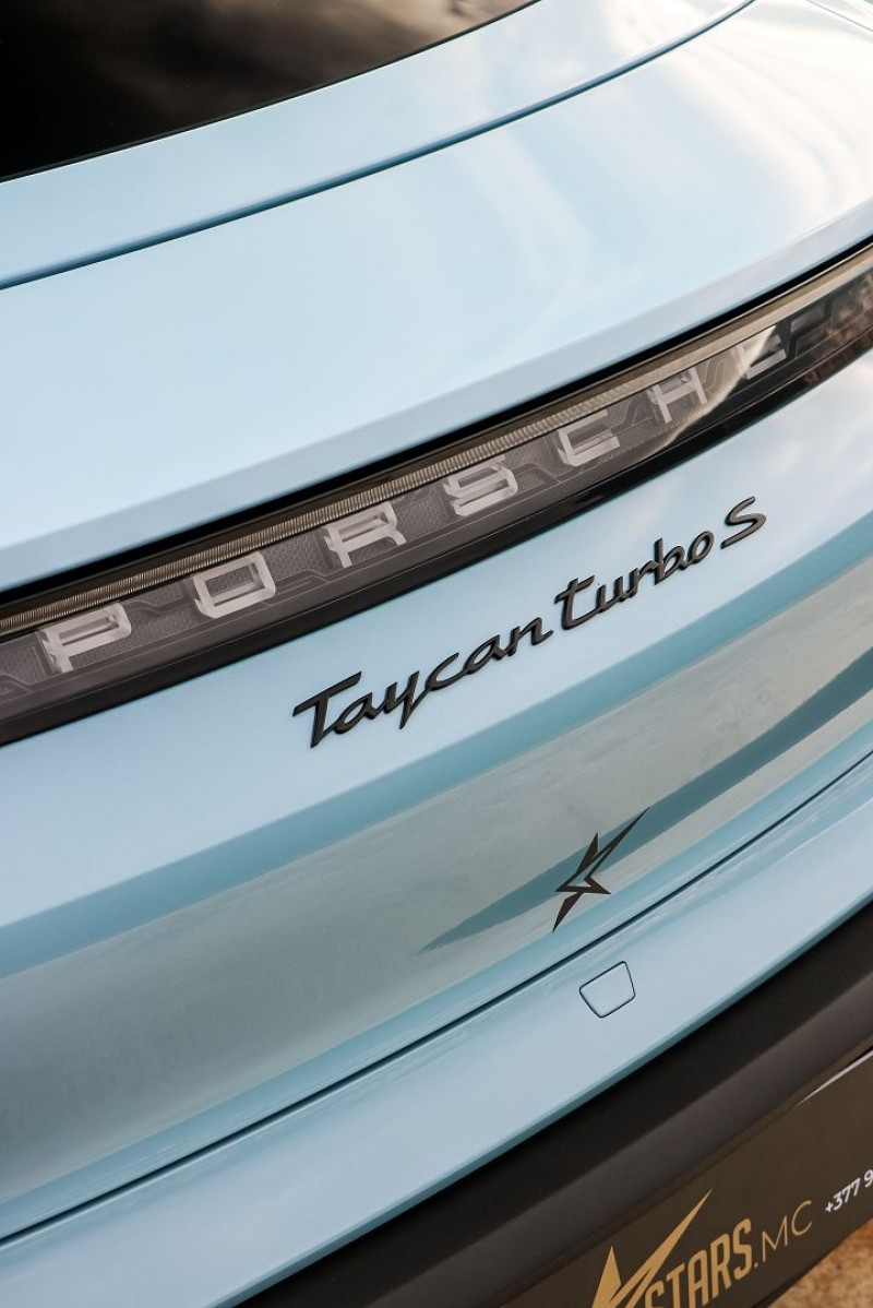 Photo 28 de l'offre de PORSCHE TAYCAN 761CH TURBO S à 175000€ chez Stars Monte Carlo