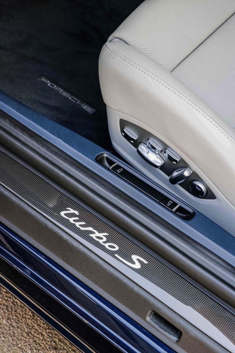 Photo 20 de l'offre de PORSCHE 911 CABRIOLET (991) 3.8 580CH TURBO S PDK à 174991€ chez Stars Monte Carlo