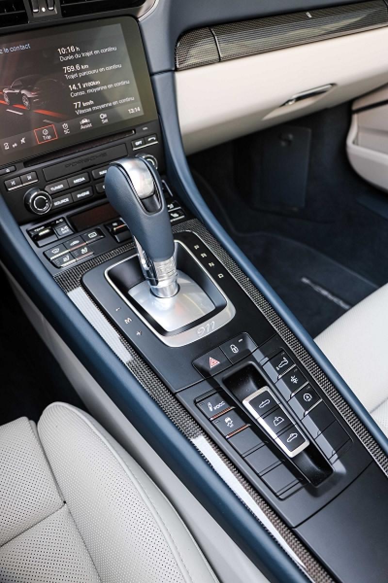 Photo 14 de l'offre de PORSCHE 911 CABRIOLET (991) 3.8 580CH TURBO S PDK à 174991€ chez Stars Monte Carlo