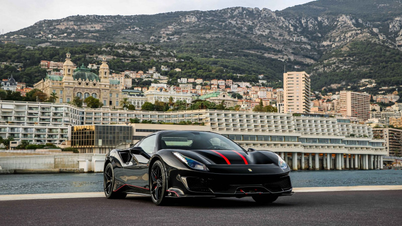 Photo 5 de l'offre de FERRARI 488 SPIDER V8 3.9 T 720  PISTA à 570000€ chez Stars Monte Carlo