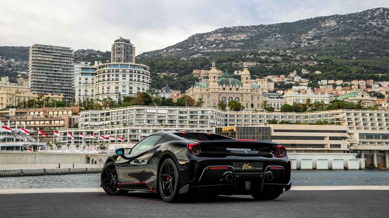 Photo 8 de l'offre de FERRARI 488 SPIDER V8 3.9 T 720  PISTA à 570000€ chez Stars Monte Carlo