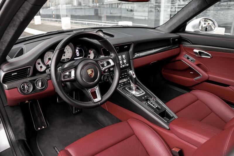 Photo 8 de l'offre de PORSCHE 911 COUPE (991) 3.8 580CH TURBO S PDK à 158991€ chez Stars Monte Carlo