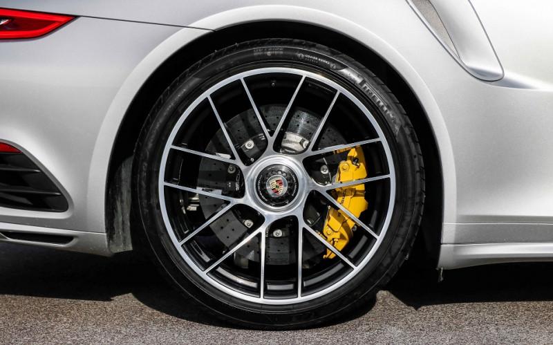Photo 12 de l'offre de PORSCHE 911 COUPE (991) 3.8 580CH TURBO S PDK à 158991€ chez Stars Monte Carlo