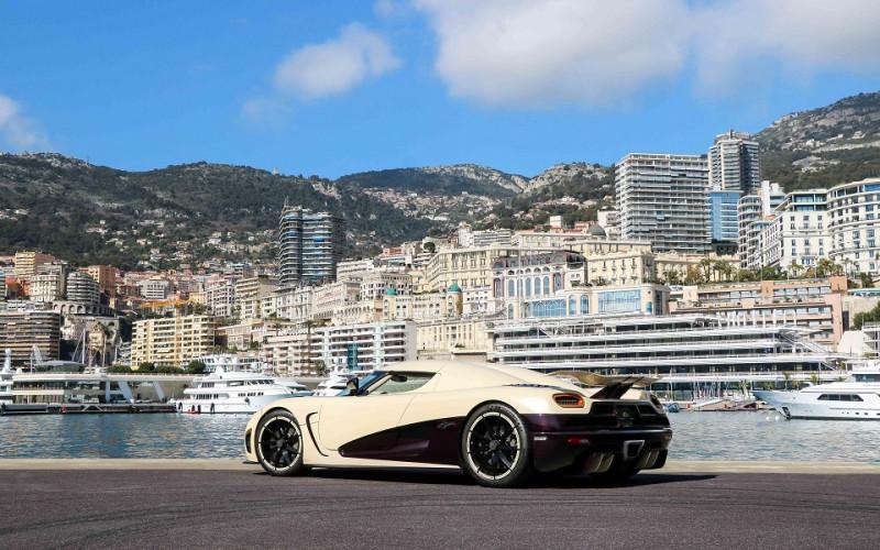 Photo 4 de l'offre de KOENIGSEGG AGERA R CABRIOLET à 2200000€ chez Stars Monte Carlo