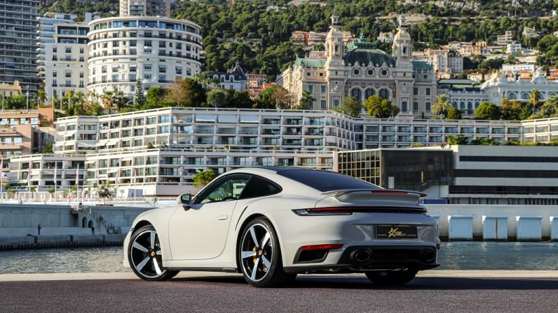 Photo 5 de l'offre de PORSCHE 911 COUPE (992) 3.8 TURBO S 650 PDK8 à 250992€ chez Stars Monte Carlo
