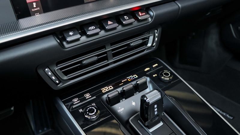 Photo 15 de l'offre de PORSCHE 911 COUPE (992) 3.8 TURBO S 650 PDK8 à 250992€ chez Stars Monte Carlo