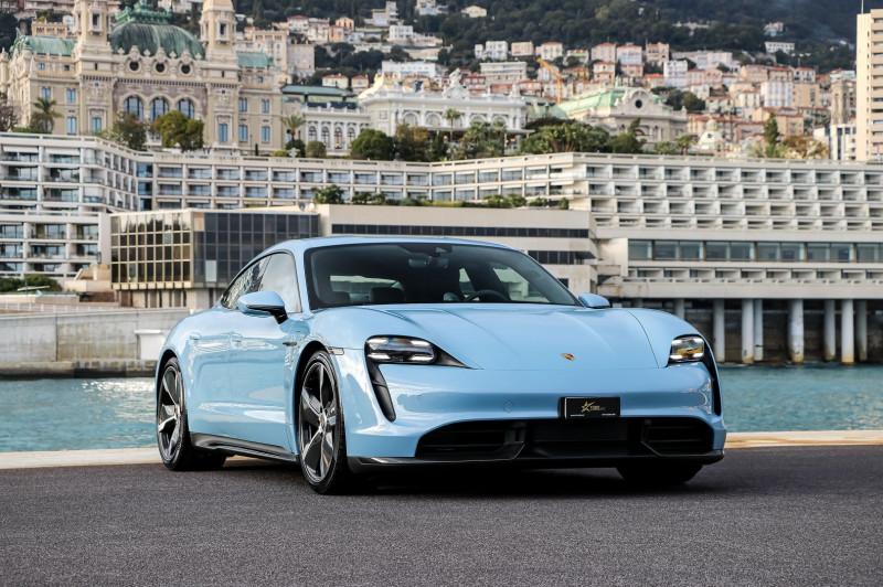 Photo 3 de l'offre de PORSCHE TAYCAN 761CH TURBO S à 175000€ chez Stars Monte Carlo