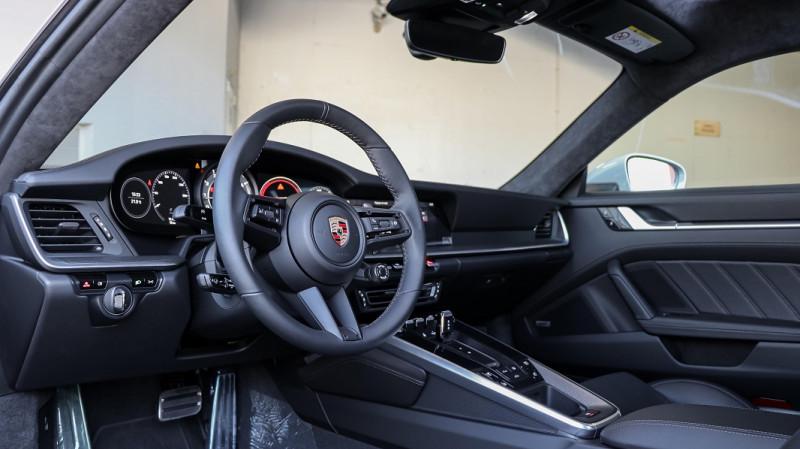 Photo 10 de l'offre de PORSCHE 911 COUPE (992) 3.8 TURBO S 650 PDK8 à 250992€ chez Stars Monte Carlo