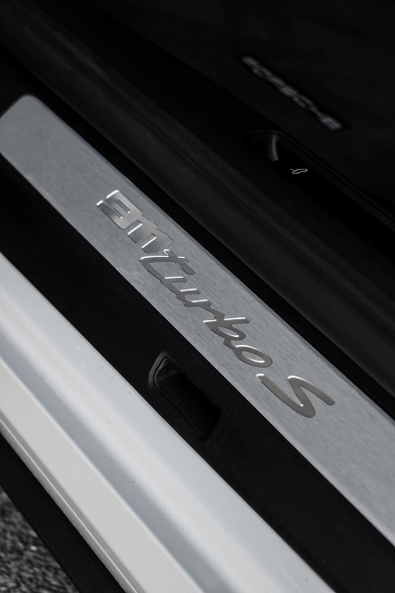 Photo 21 de l'offre de PORSCHE 911 COUPE (992) 3.8 TURBO S 650 PDK8 à 250992€ chez Stars Monte Carlo