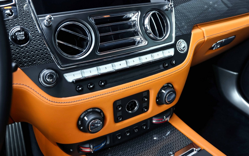 Photo 15 de l'offre de ROLLS-ROYCE WRAITH V12 632CH BLACK BADGE à 260000€ chez Stars Monte Carlo