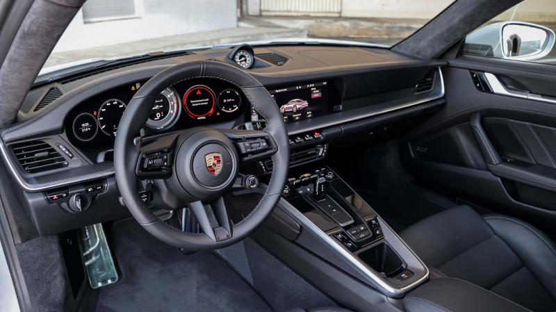 Photo 11 de l'offre de PORSCHE 911 COUPE (992) 3.8 TURBO S 650 PDK8 à 250992€ chez Stars Monte Carlo