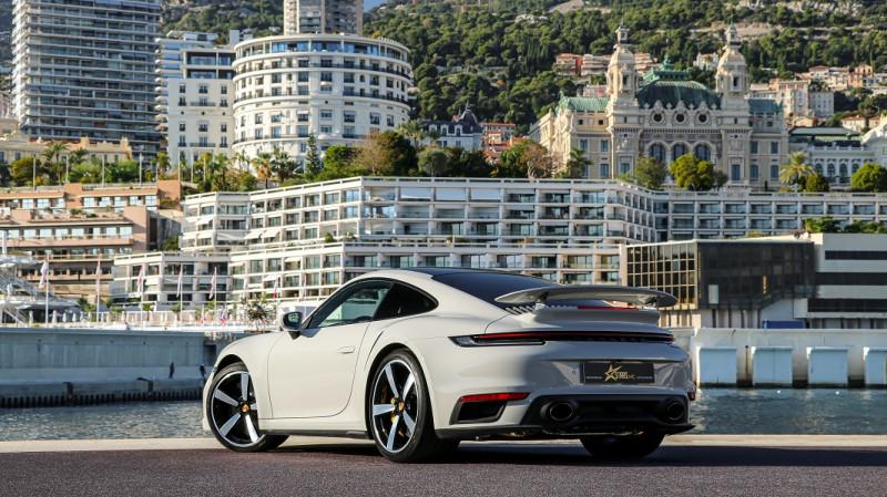 Photo 6 de l'offre de PORSCHE 911 COUPE (992) 3.8 TURBO S 650 PDK8 à 250992€ chez Stars Monte Carlo