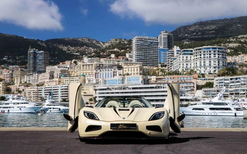 Photo 2 de l'offre de KOENIGSEGG AGERA R CABRIOLET à 2200000€ chez Stars Monte Carlo