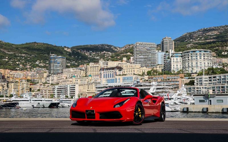 Ferrari 488 SPIDER V8 3.9 T 670CH Essence ROUGE Occasion à vendre