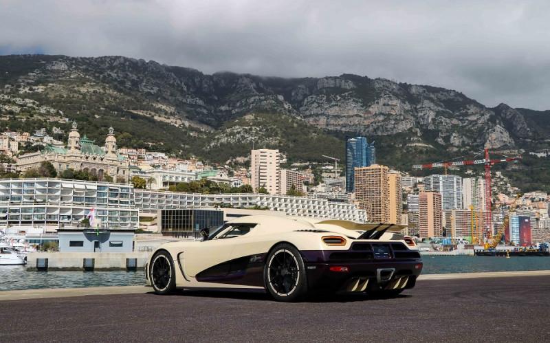 Photo 8 de l'offre de KOENIGSEGG AGERA R CABRIOLET à 2200000€ chez Stars Monte Carlo