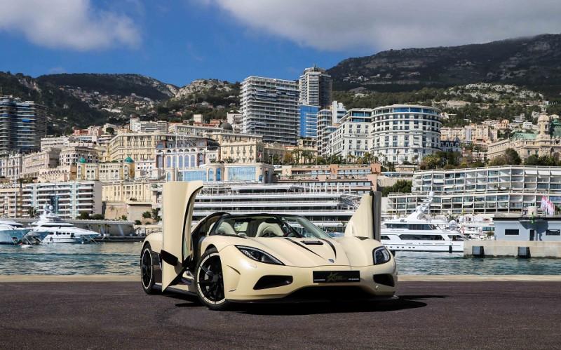 Photo 9 de l'offre de KOENIGSEGG AGERA R CABRIOLET à 2200000€ chez Stars Monte Carlo
