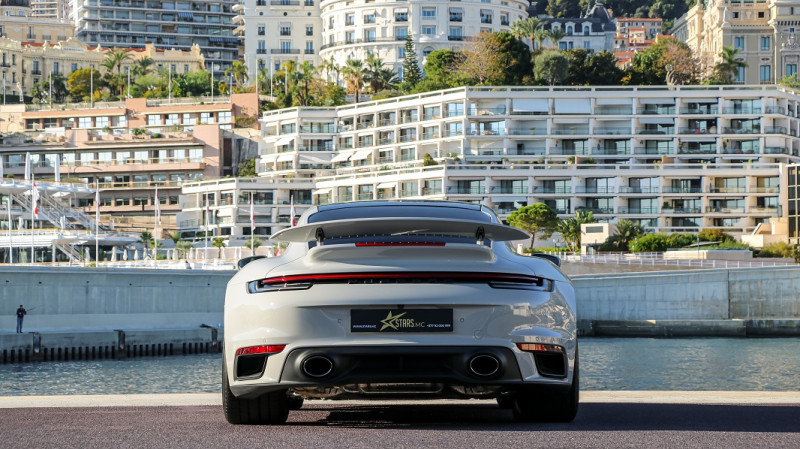 Photo 7 de l'offre de PORSCHE 911 COUPE (992) 3.8 TURBO S 650 PDK8 à 250992€ chez Stars Monte Carlo