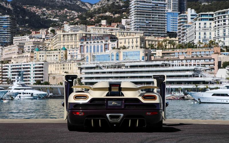 Photo 3 de l'offre de KOENIGSEGG AGERA R CABRIOLET à 2200000€ chez Stars Monte Carlo