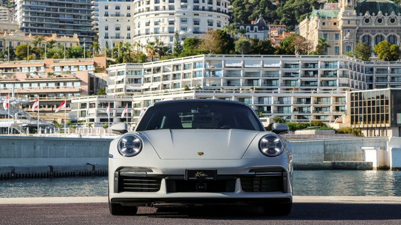 Photo 2 de l'offre de PORSCHE 911 COUPE (992) 3.8 TURBO S 650 PDK8 à 250992€ chez Stars Monte Carlo