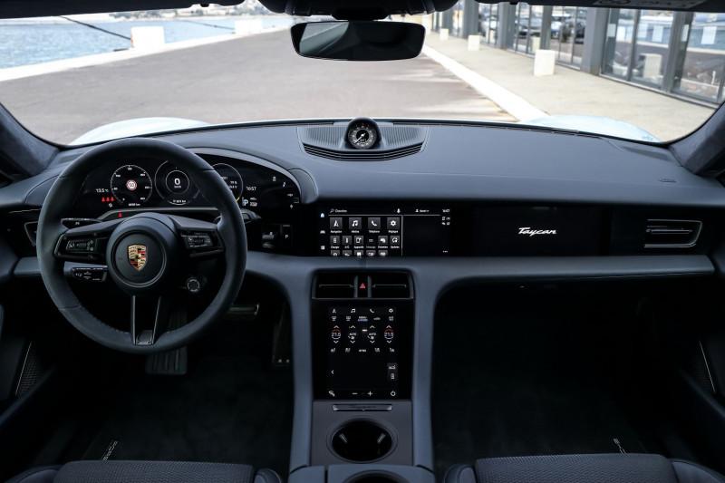 Photo 10 de l'offre de PORSCHE TAYCAN 761CH TURBO S à 175000€ chez Stars Monte Carlo