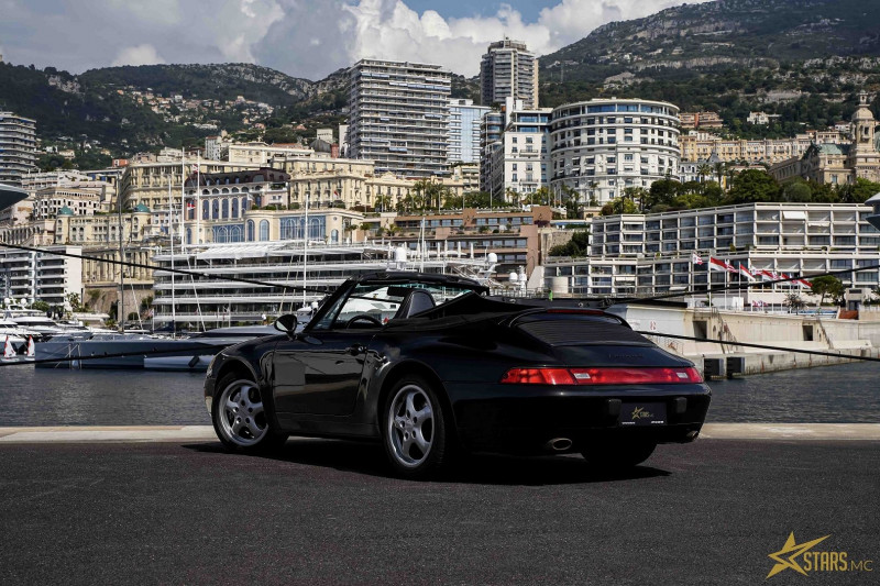 Photo 5 de l'offre de PORSCHE 911 CABRIOLET (993) 272CH CARRERA 4 BV6 à 69993€ chez Stars Monte Carlo