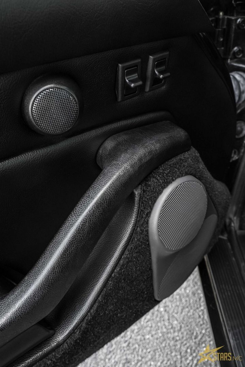 Photo 11 de l'offre de PORSCHE 911 CABRIOLET (993) 272CH CARRERA 4 BV6 à 69993€ chez Stars Monte Carlo