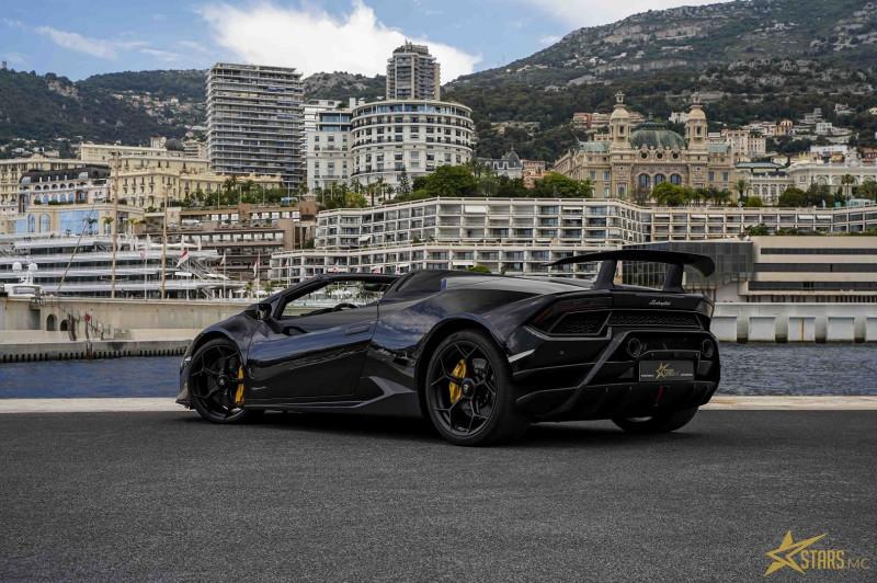 Photo 7 de l'offre de LAMBORGHINI HURACAN SPYDER LP 640-4 PERFORMANTE à 295640€ chez Stars Monte Carlo