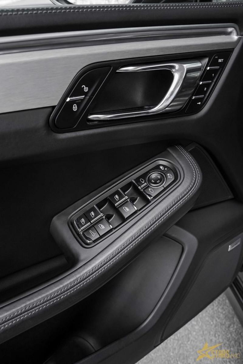 Photo 13 de l'offre de PORSCHE MACAN 3.6 V6 440CH TURBO PACK PERFORMANCE PDK à 73000€ chez Stars Monte Carlo