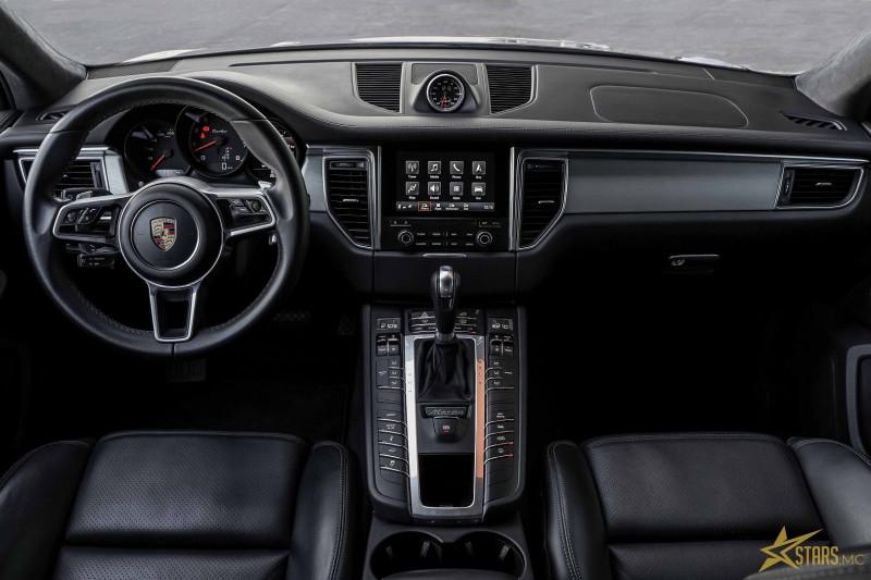 Photo 10 de l'offre de PORSCHE MACAN 3.6 V6 440CH TURBO PACK PERFORMANCE PDK à 73000€ chez Stars Monte Carlo