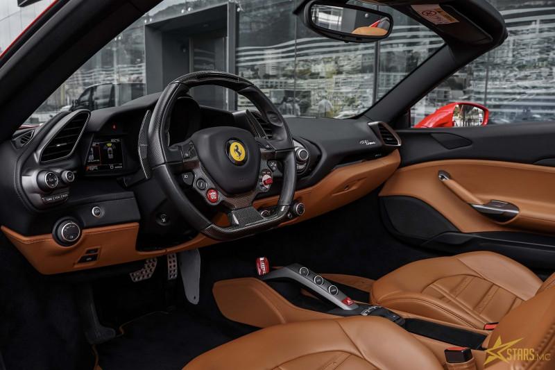 Photo 11 de l'offre de FERRARI 488 SPIDER V8 3.9 T 670CH à 239488€ chez Stars Monte Carlo