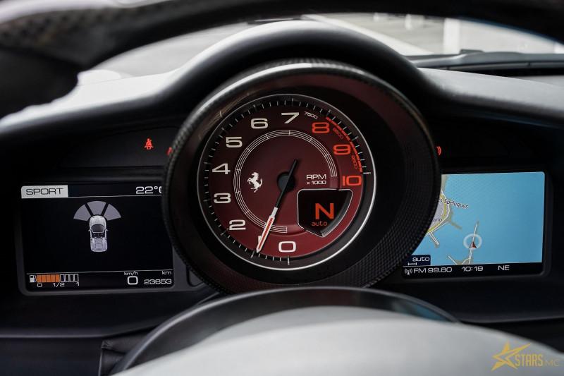 Photo 14 de l'offre de FERRARI 488 SPIDER V8 3.9 T 670CH à 239488€ chez Stars Monte Carlo
