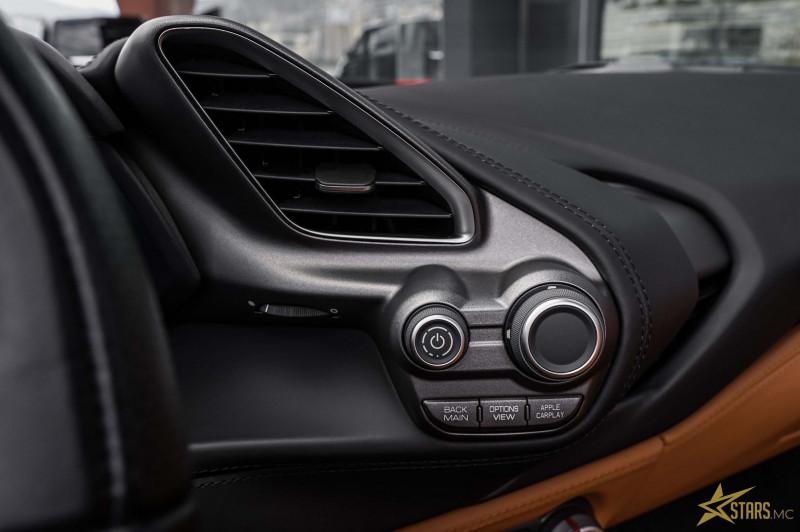 Photo 15 de l'offre de FERRARI 488 SPIDER V8 3.9 T 670CH à 239488€ chez Stars Monte Carlo