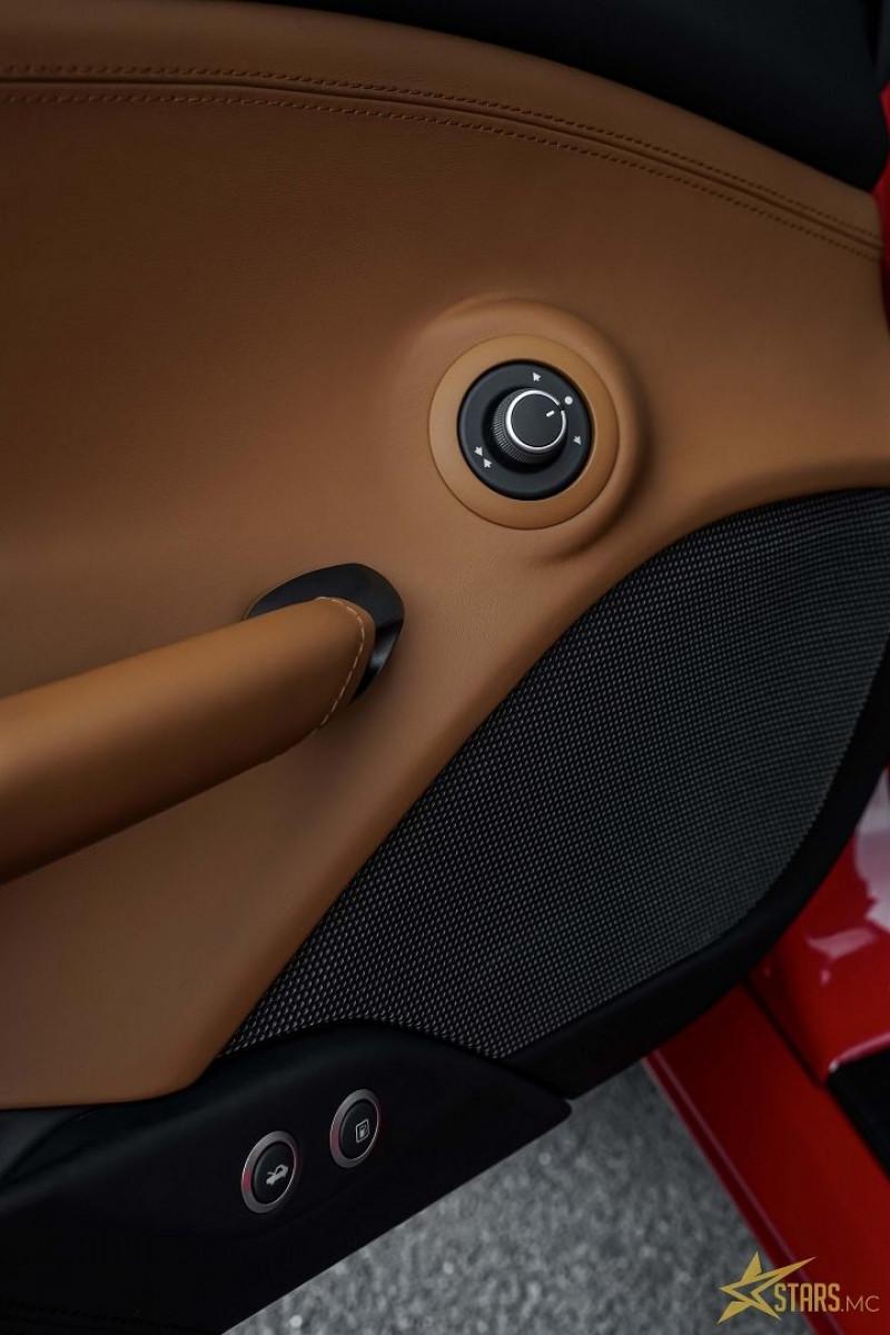 Photo 19 de l'offre de FERRARI 488 SPIDER V8 3.9 T 670CH à 239488€ chez Stars Monte Carlo