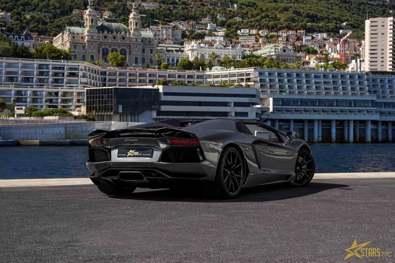 Photo 7 de l'offre de LAMBORGHINI AVENTADOR ROADSTER LP 700-4 à 315700€ chez Stars Monte Carlo