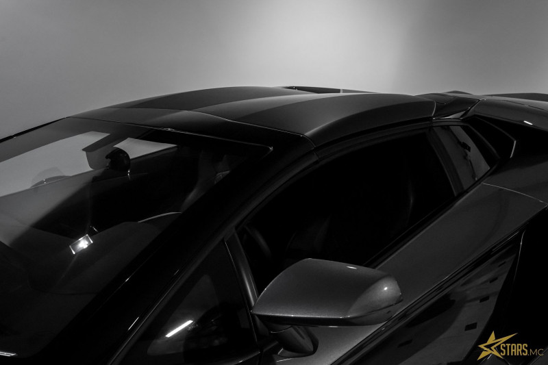 Photo 36 de l'offre de LAMBORGHINI AVENTADOR ROADSTER LP 700-4 à 315700€ chez Stars Monte Carlo