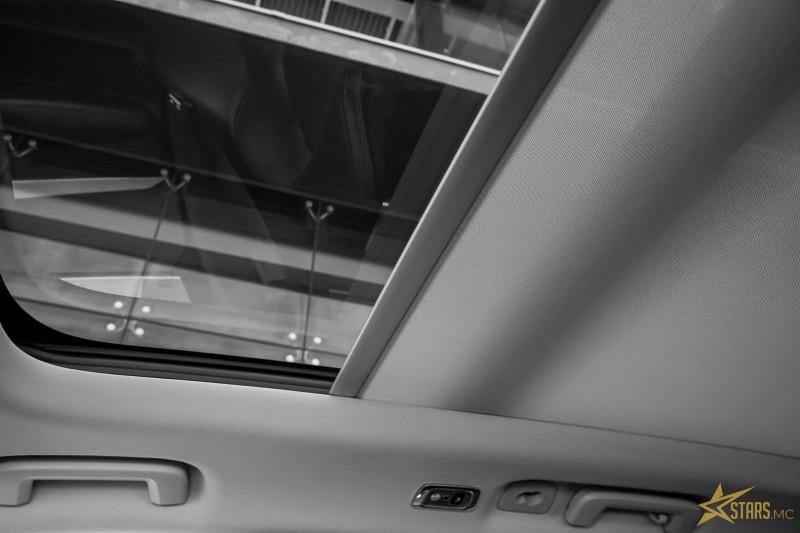 Photo 26 de l'offre de VOLVO XC90 D5 AWD 235CH INSCRIPTION GEARTRONIC 7 PLACES à 50900€ chez Stars Monte Carlo
