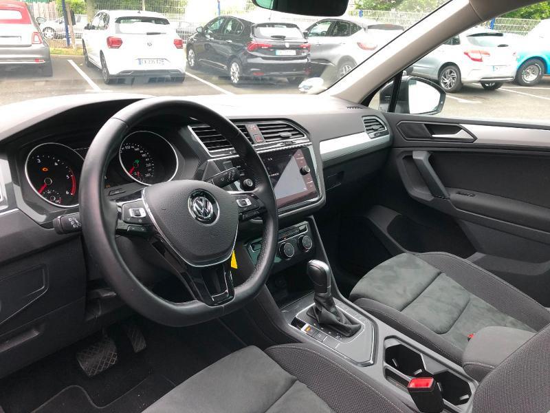 Photo 10 de l'offre de VOLKSWAGEN Tiguan 2.0 TDI 150ch Confortline DSG7 à 25980€ chez Snda Autolucéenne
