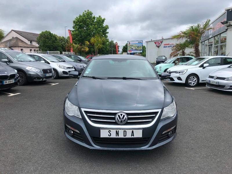 Volkswagen Passat 2.0 TSI 200ch Carat Essence Gris Foncé Occasion à vendre