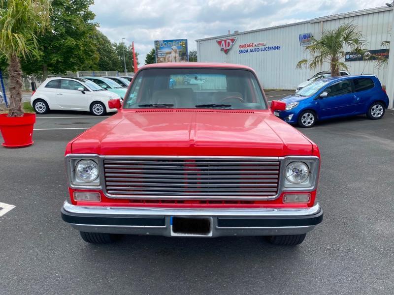 Chevrolet Suburban v8 Essence Rouge Occasion à vendre