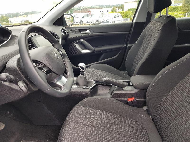 Photo 4 de l'offre de PEUGEOT 308 1.2 PureTech 110ch E6.c S&S Active 5cv à 17490€ chez Lebedel Automobiles