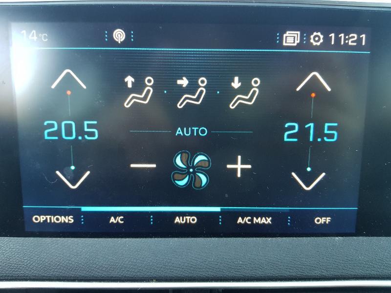 Photo 15 de l'offre de PEUGEOT 3008 1.5 BlueHDi 130ch E6.c Crossway S&S à 23990€ chez Lebedel Automobiles