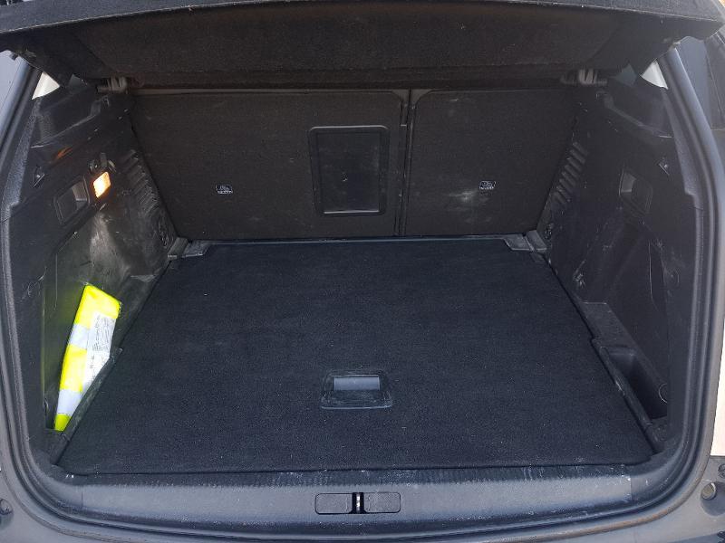 Photo 18 de l'offre de PEUGEOT 3008 1.5 BlueHDi 130ch E6.c Crossway S&S à 23990€ chez Lebedel Automobiles