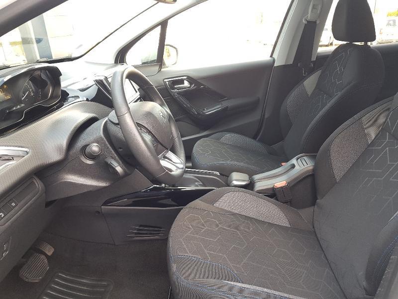 Photo 4 de l'offre de PEUGEOT 2008 1.2 PureTech 110ch E6.c Signature S&S EAT6 à 14490€ chez Lebedel Automobiles