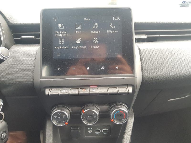 Photo 5 de l'offre de RENAULT Clio 1.0 TCe 100ch Zen à 12490€ chez Lebedel Automobiles