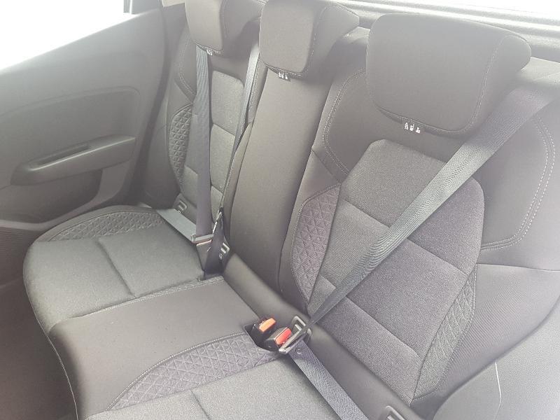 Photo 6 de l'offre de RENAULT Clio 1.0 TCe 100ch Zen à 12490€ chez Lebedel Automobiles