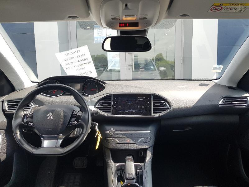 Photo 4 de l'offre de PEUGEOT 308 1.2 PureTech 130ch E6.c S&S Style EAT8 à 15990€ chez Lebedel Automobiles