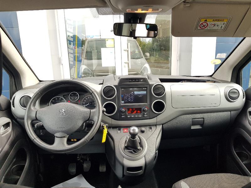 Photo 11 de l'offre de PEUGEOT Partner Tepee 1.6 BlueHDi 100ch Outdoor S&S à 14990€ chez Lebedel Automobiles