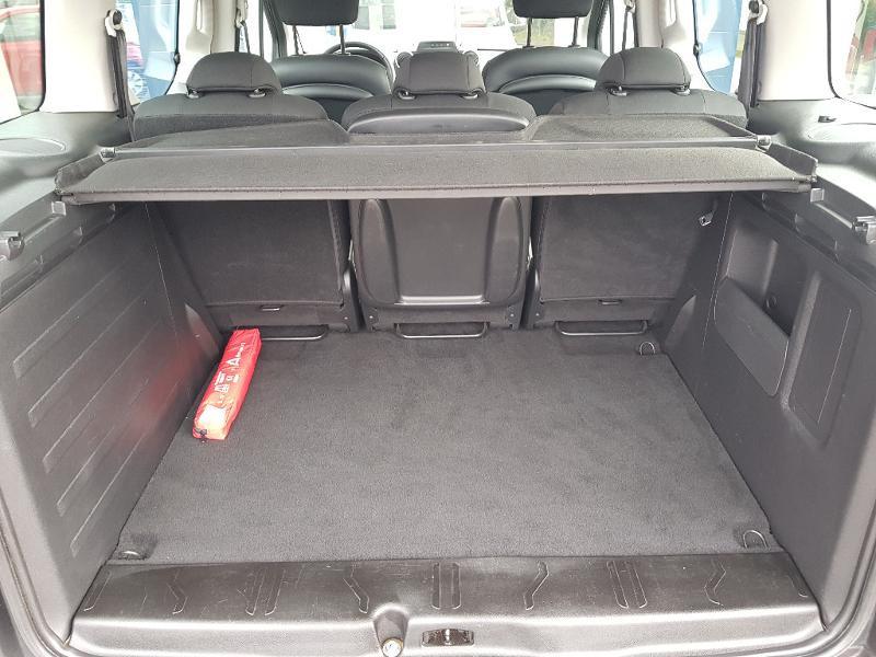 Photo 13 de l'offre de PEUGEOT Partner Tepee 1.6 BlueHDi 100ch Outdoor S&S à 14990€ chez Lebedel Automobiles