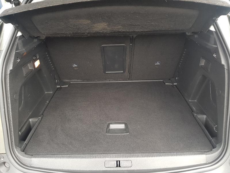 Photo 18 de l'offre de PEUGEOT 3008 2.0 BlueHDi 180ch S&S Allure Business EAT8 à 26990€ chez Lebedel Automobiles